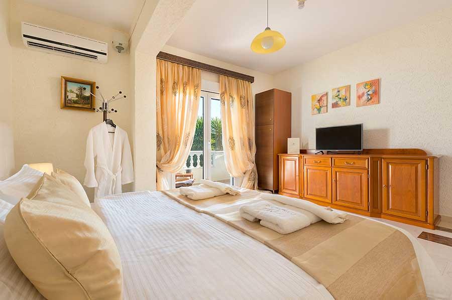 Villa_Small_Paradise_Rhodes_third_bedroom_3